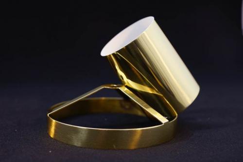 sestavni del lestenca medenina bruseno polirano - Part of a chandelier, ground and polished brass - Teil eines Kronleuchters aus Messing - geschliffen und poliert